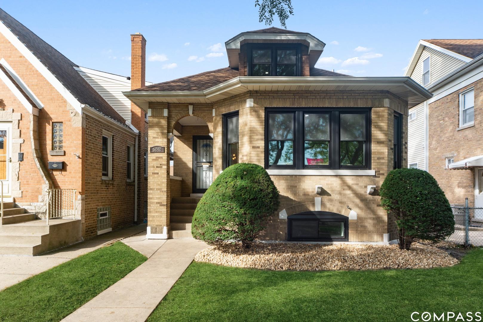 5242 N Marmora Avenue, Chicago IL 60630