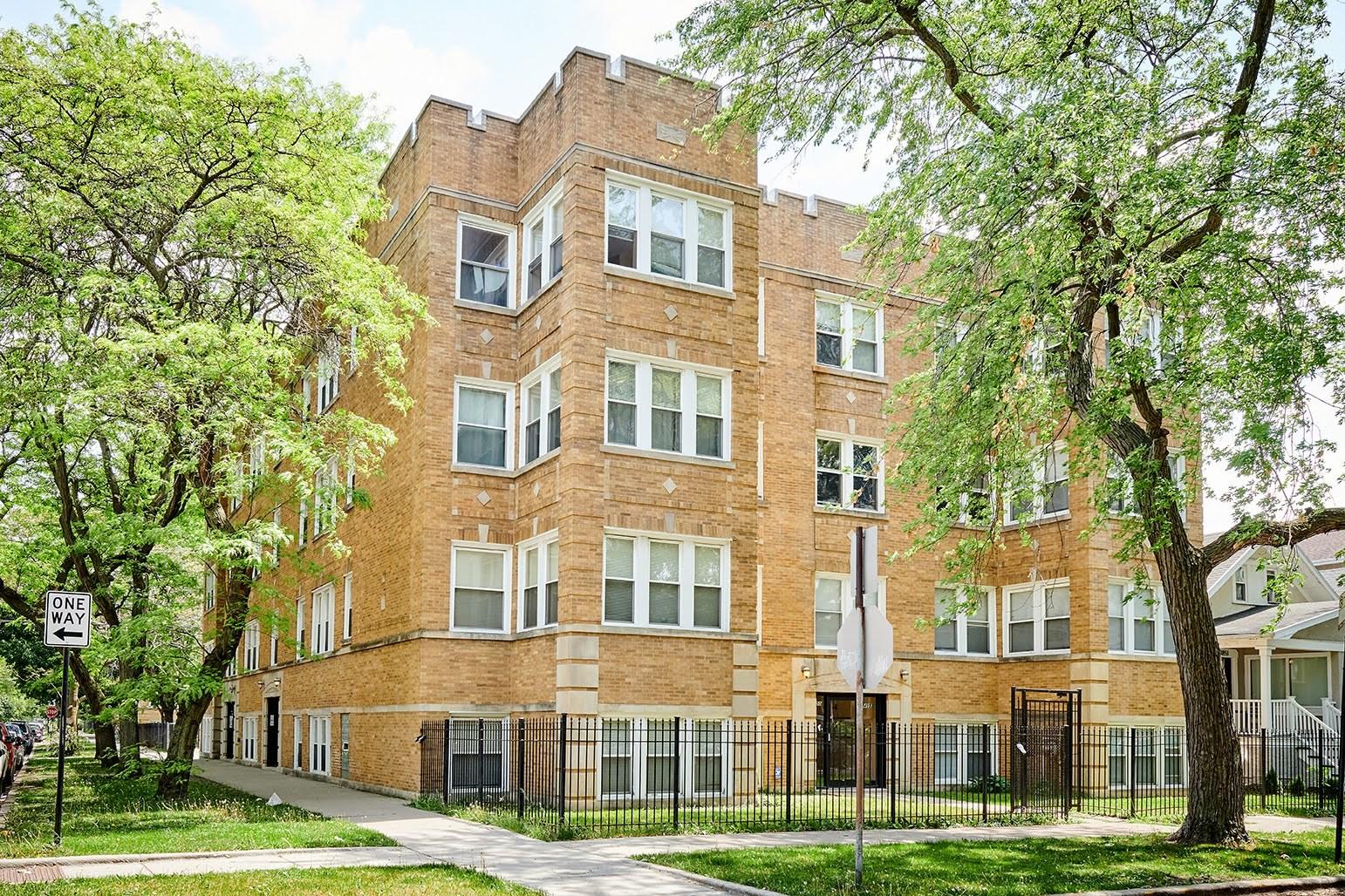 3853 W Ainslie Street Unit 3, Chicago IL 60625