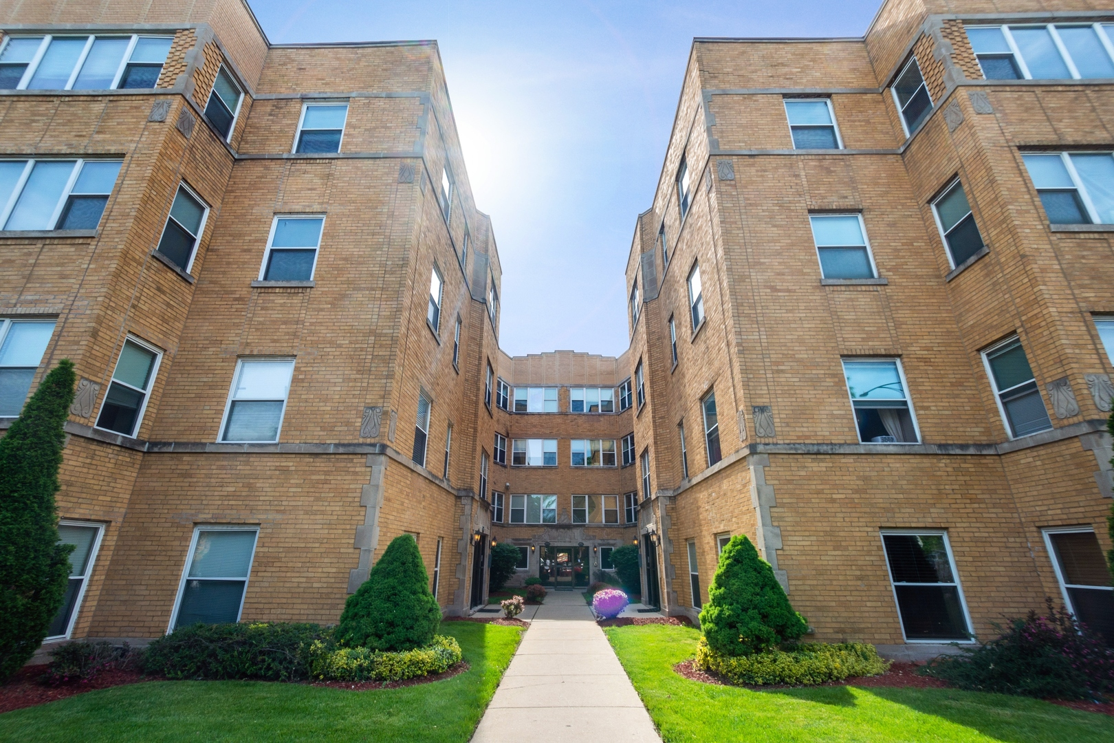 4948 N Kimball Avenue Unit 3W, Chicago IL 60625