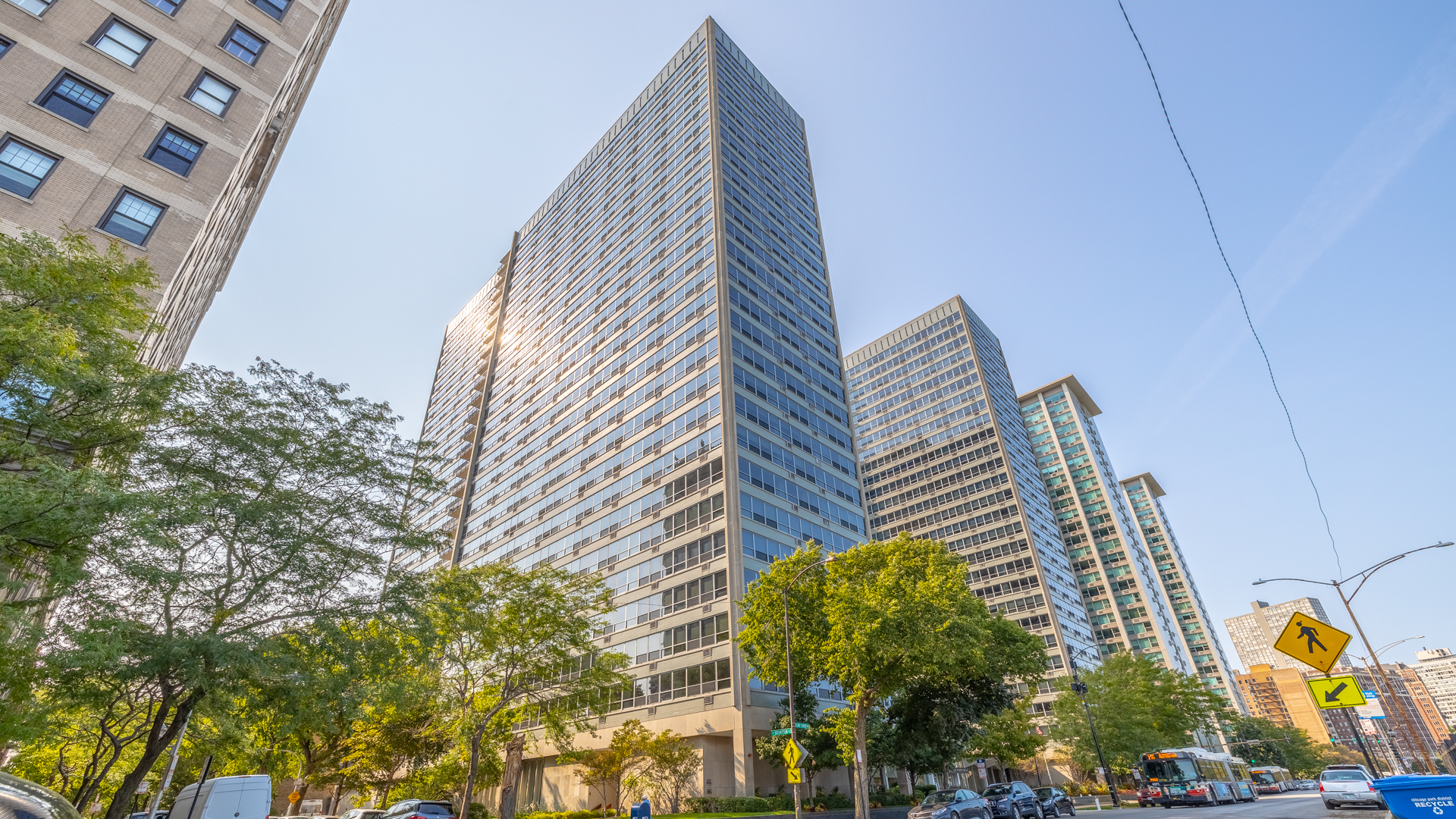 3550 N LAKE SHORE Drive Unit 2204, Chicago IL 60657