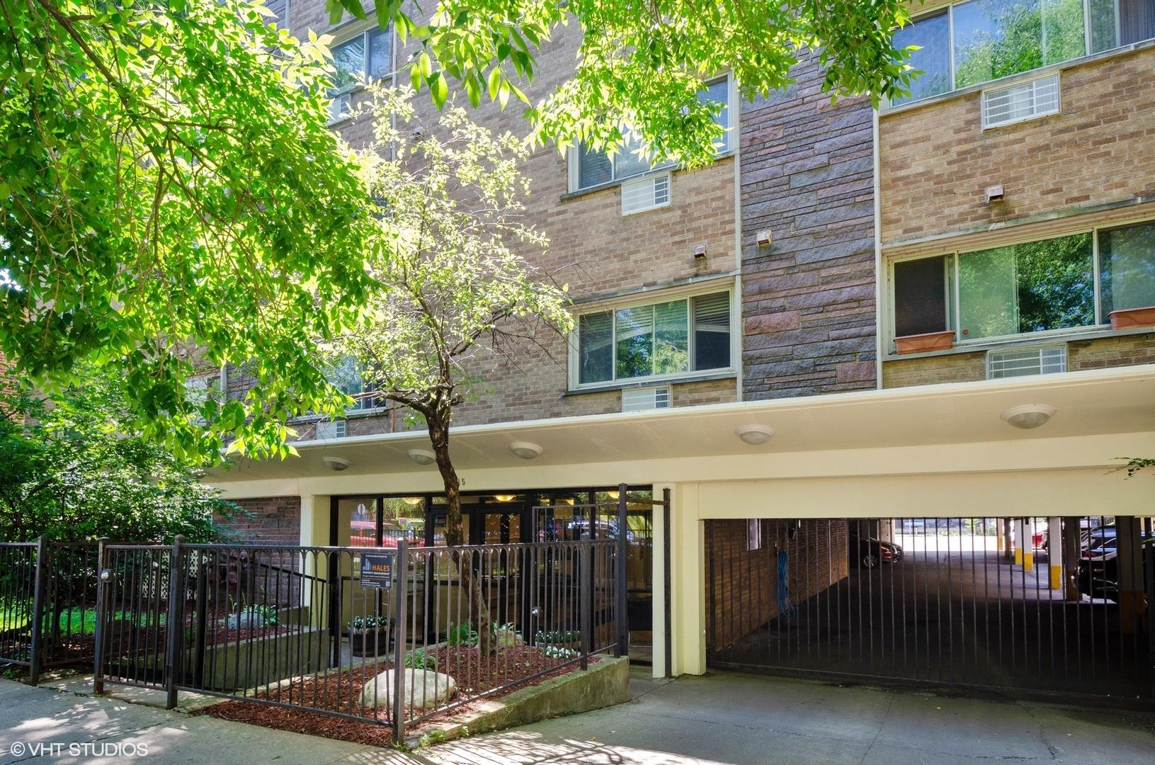 1415 W lunt Avenue Unit 212, Chicago IL 60626