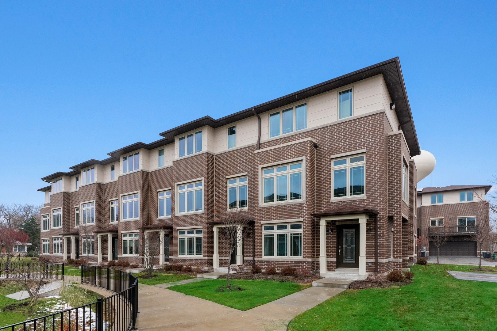 7820 Madison Street, River Forest IL 60305