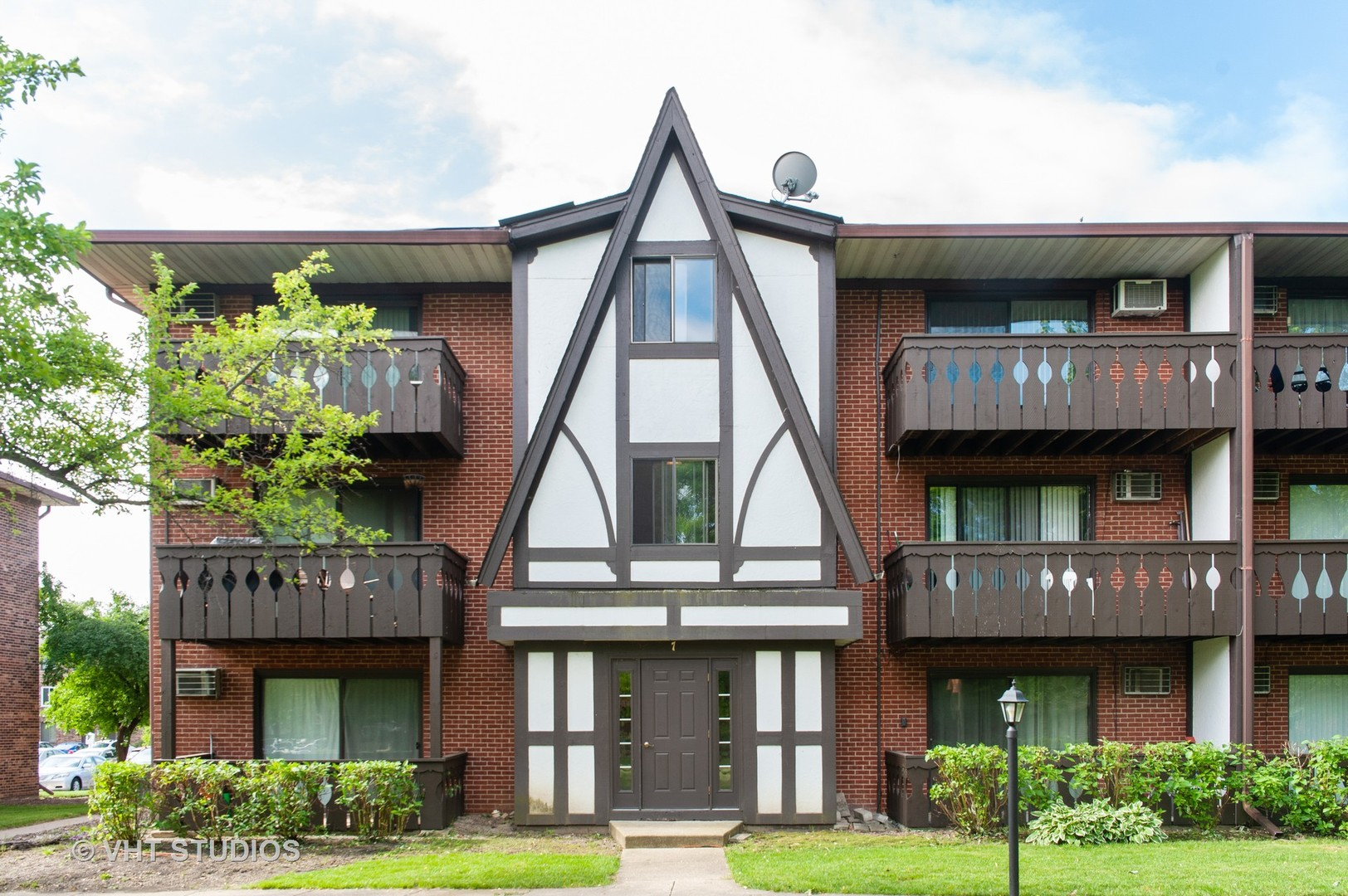 7 Timber Lane Unit 14, Vernon Hills IL 60061