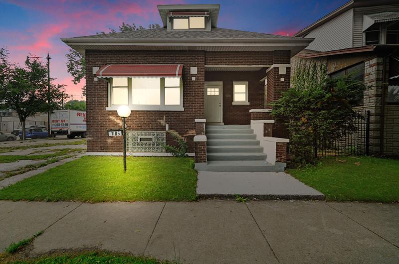 7105 S Michigan Avenue, Chicago IL 60619