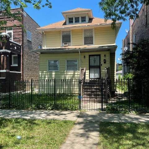 5322 W Adams Street, Chicago IL 60644