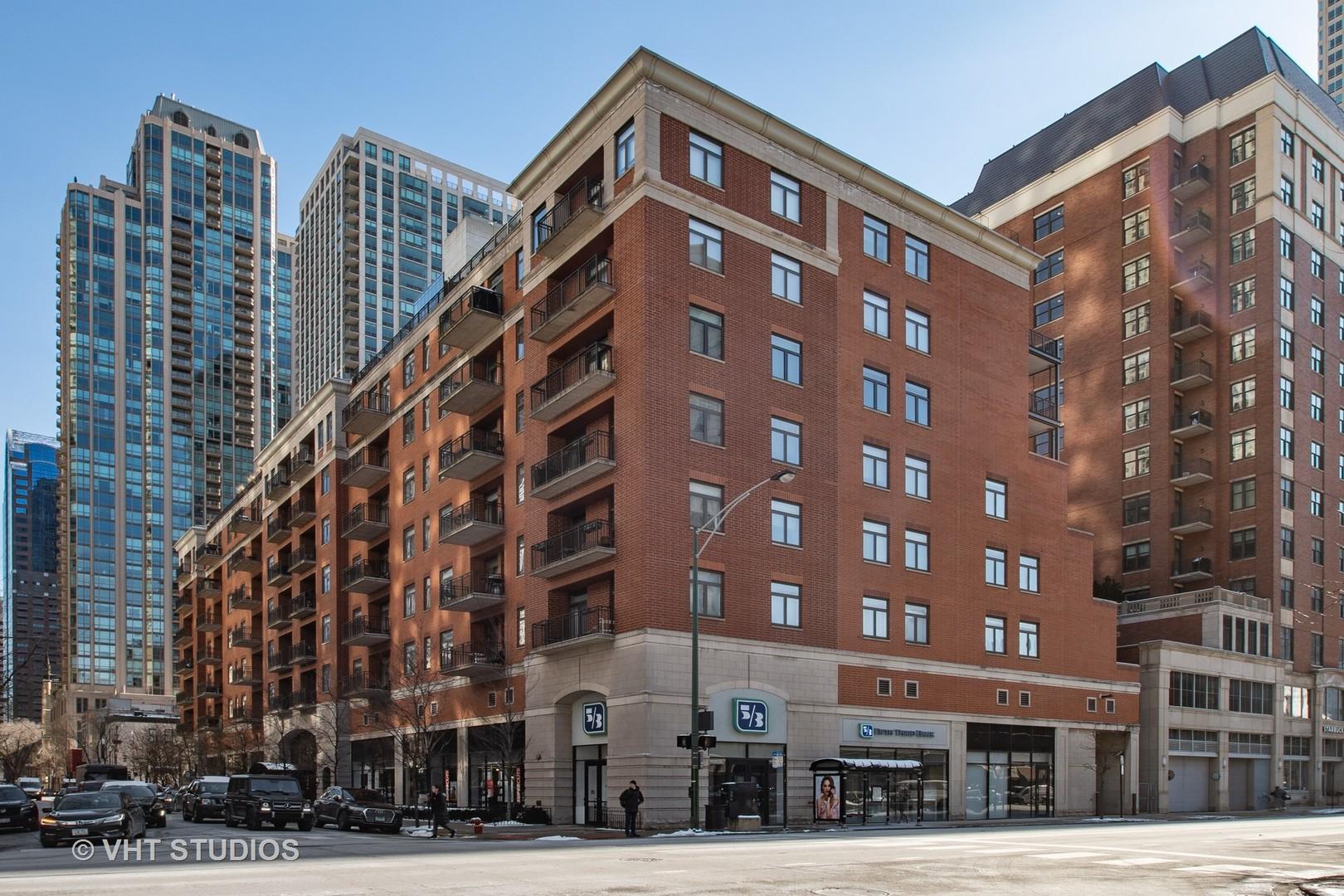 33 W HURON Street Unit 702, Chicago IL 60654