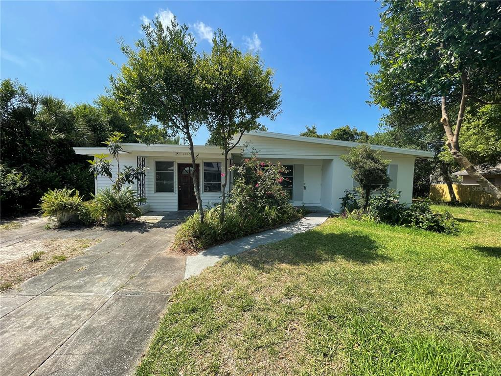 630 E ORANGE ST, Tarpon Springs FL 34689
