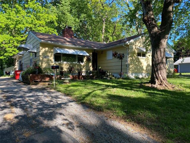 3507 S Hardy Avenue, Independence MO 64052