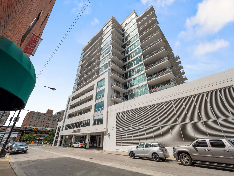 50 E 16th Street Unit 1401, Chicago IL 60616
