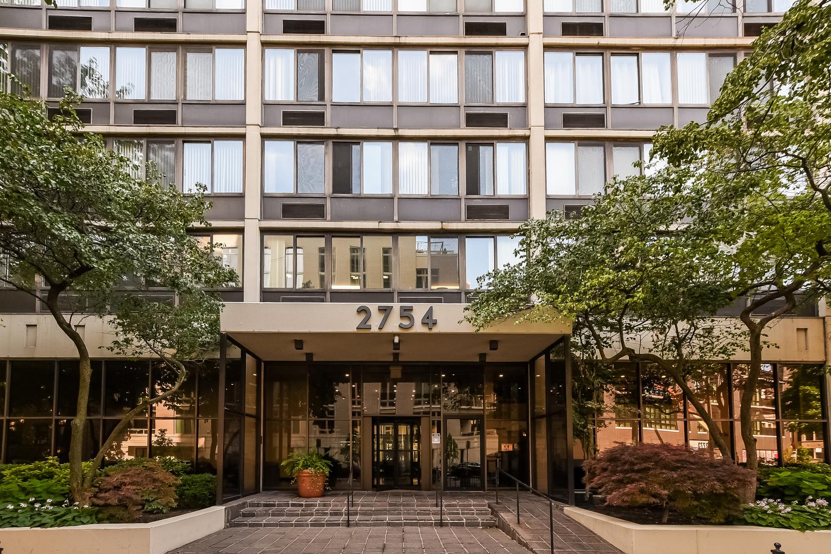 2754 N Hampden Court Unit 904, Chicago IL 60614