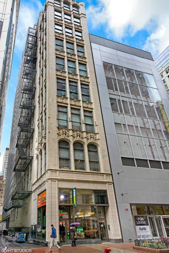 120 S State Street Unit 6, Chicago IL 60603