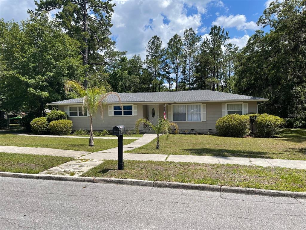 695 HIGHLAND ST, Brooksville FL 34601