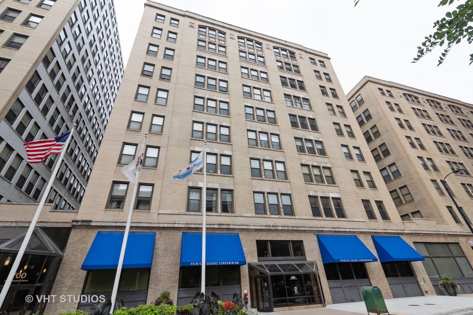680 S FEDERAL Street Unit 202, Chicago IL 60605