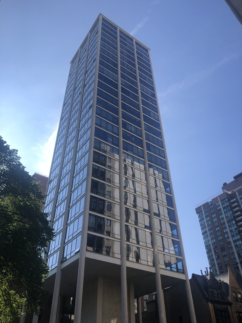 1300 N Astor Street Unit 23C, Chicago IL 60610