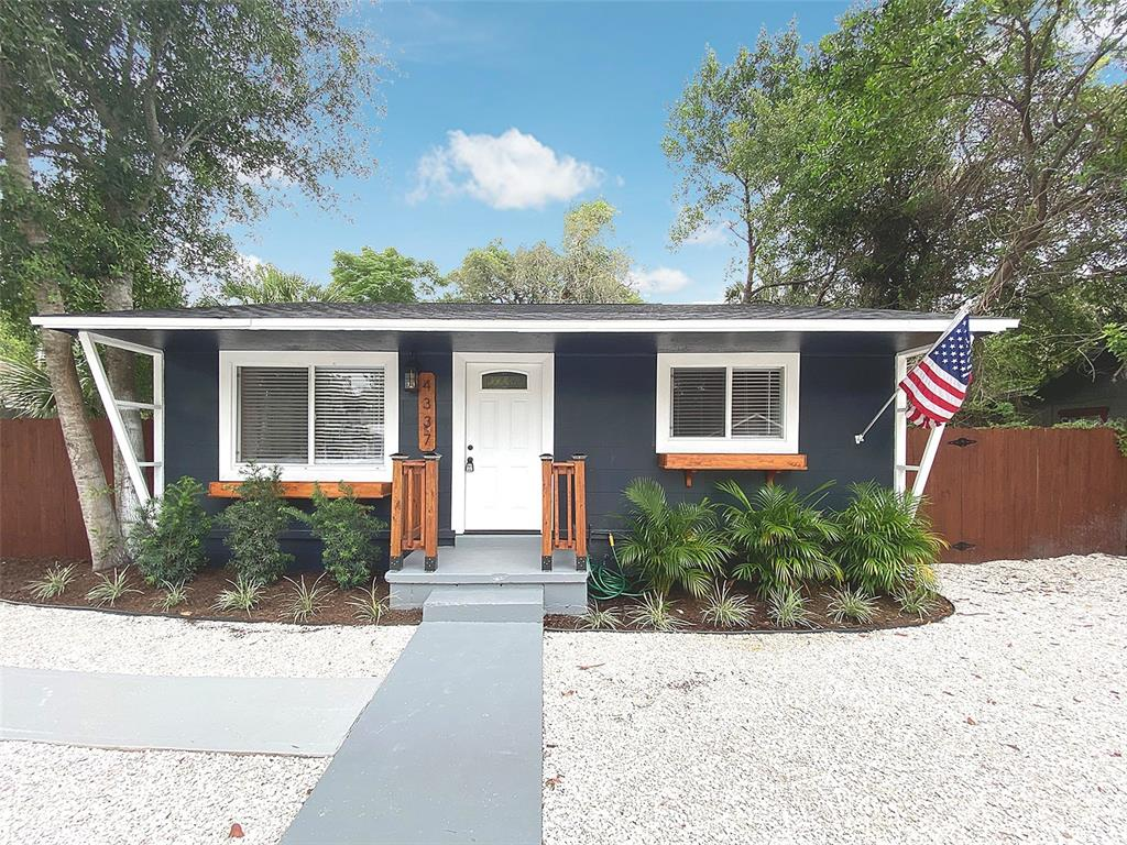 4337 17TH AVE S, St Petersburg FL 33711