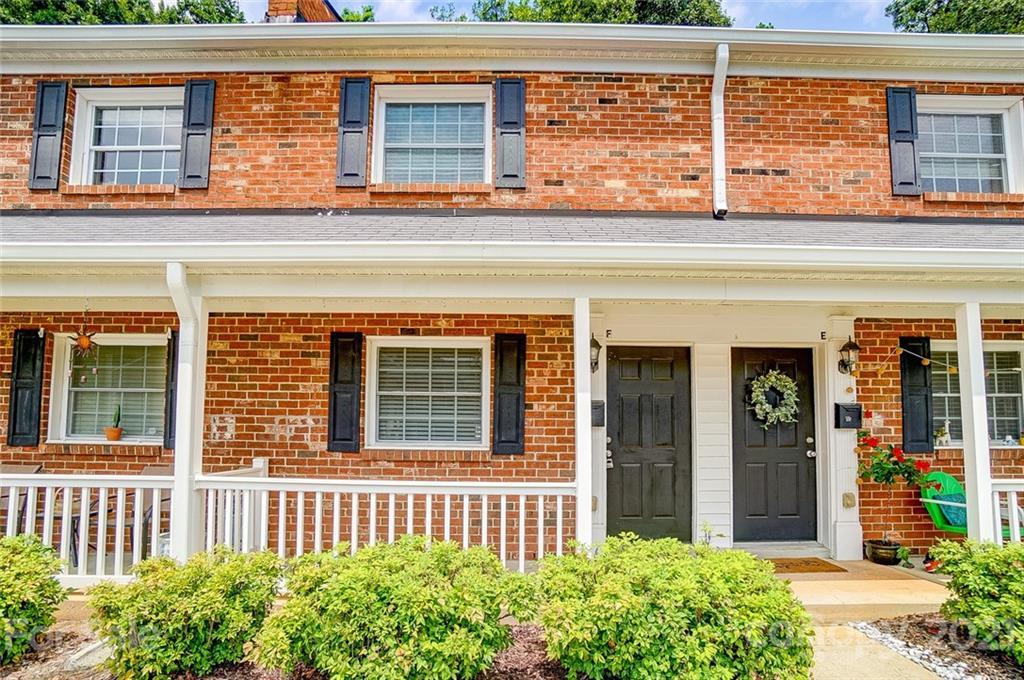 1215 Green Oaks Lane Unit F, Charlotte NC 28205
