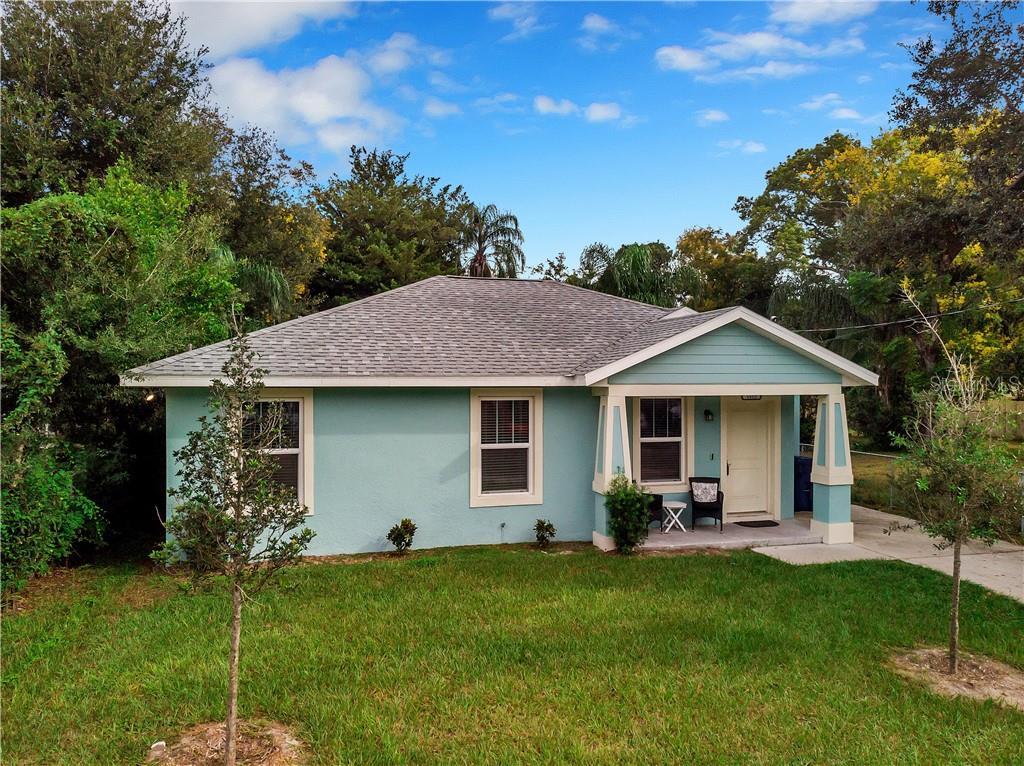1512 E CARACAS ST, Tampa FL 33610