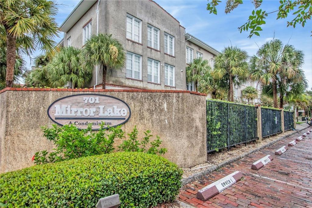 701 MIRROR LAKE DR N #403, St Petersburg FL 33701