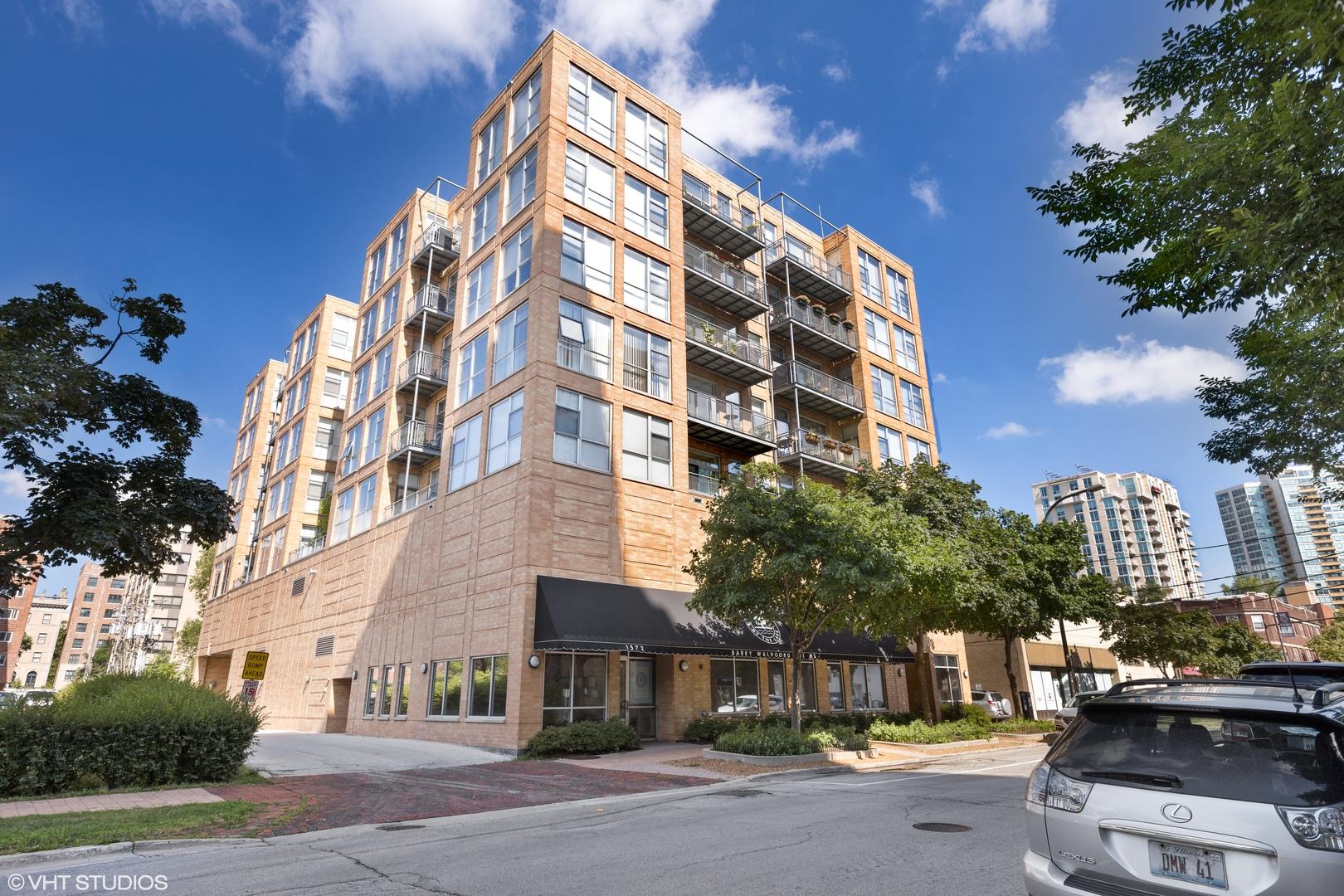 1572 Maple Avenue Unit 501, Evanston IL 60201