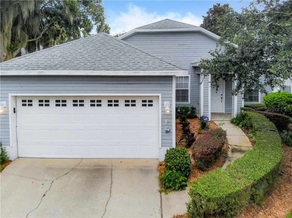 230 RIVER VILLAGE DR, Debary FL 32713