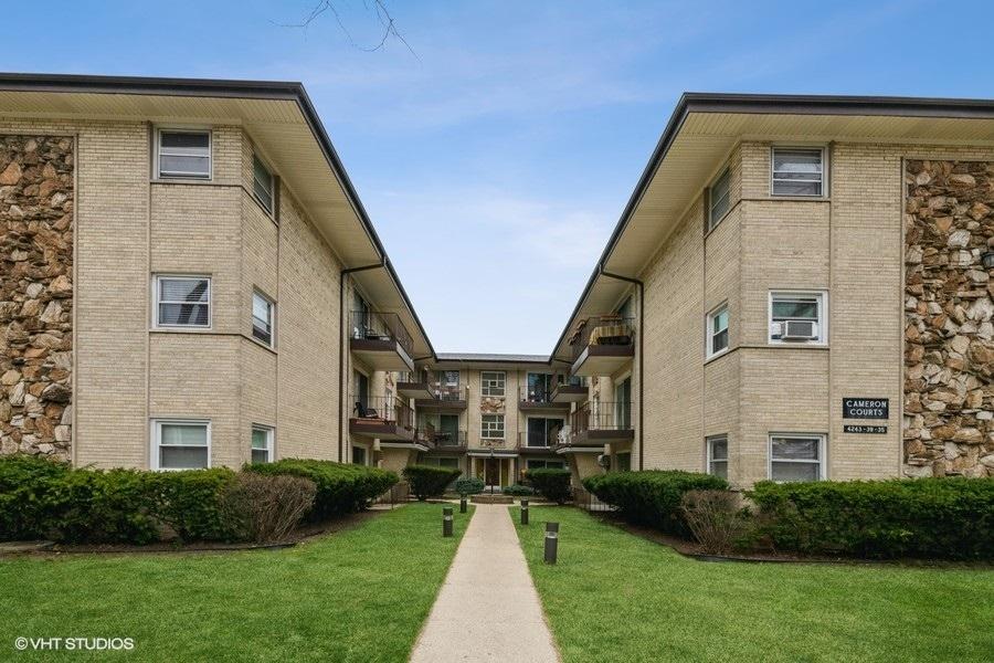 4243 N Kedvale Avenue Unit 1E, Chicago IL 60641
