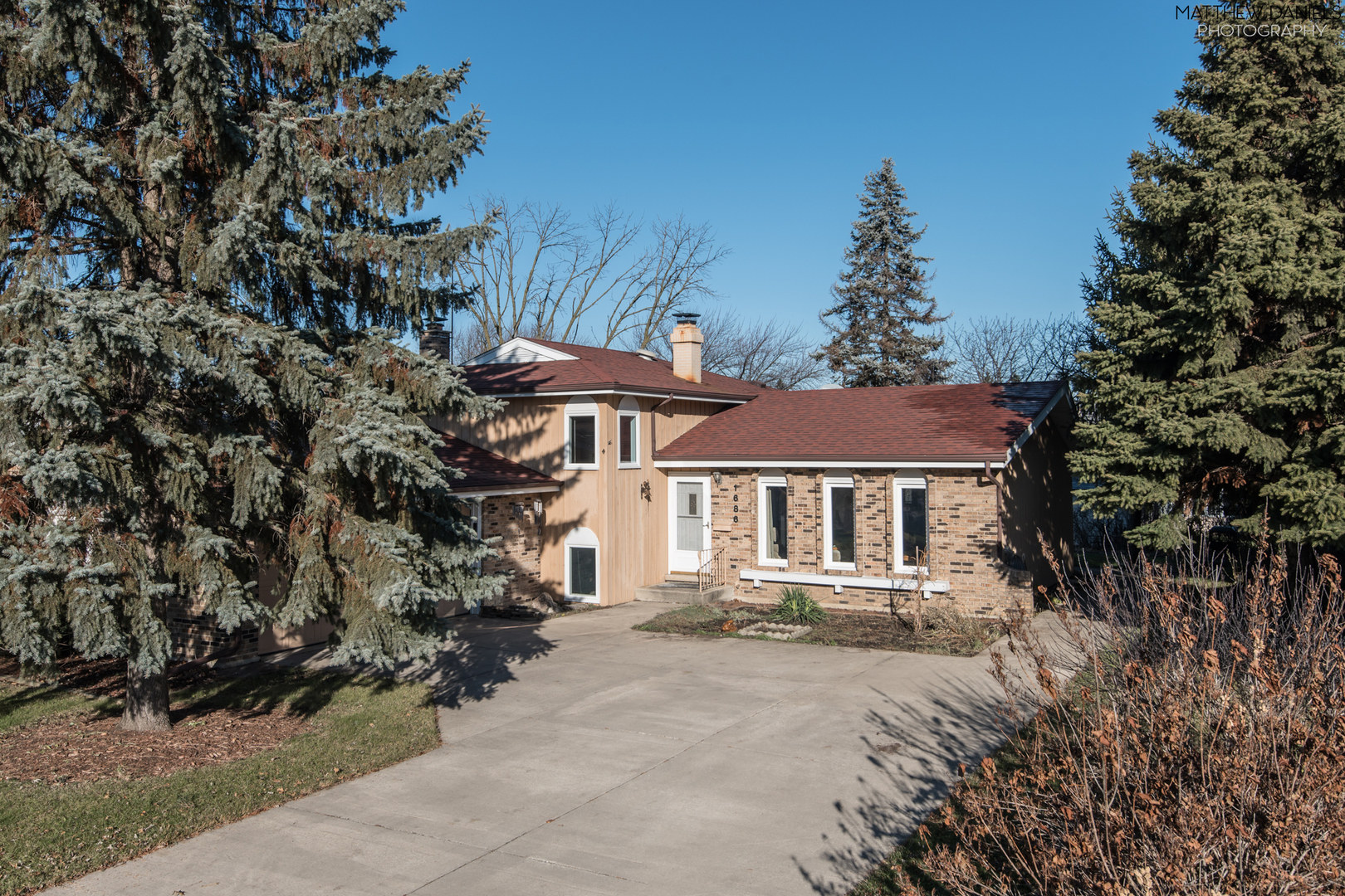 1686 W Rampart Road, Addison IL 60101