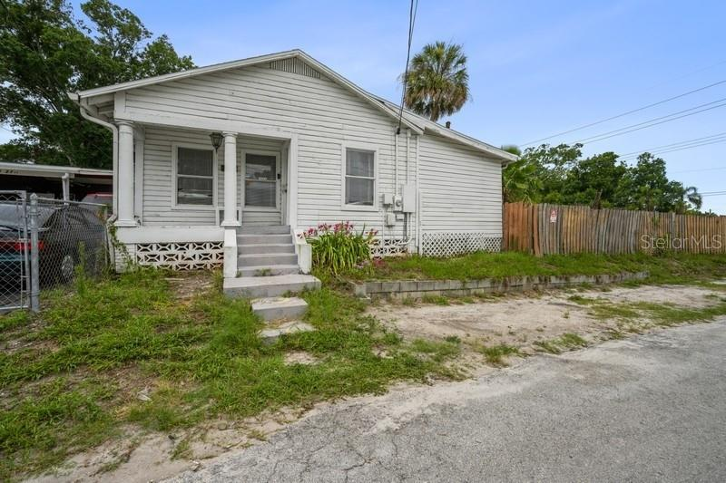 2101 N 27TH ST, Tampa FL 33605