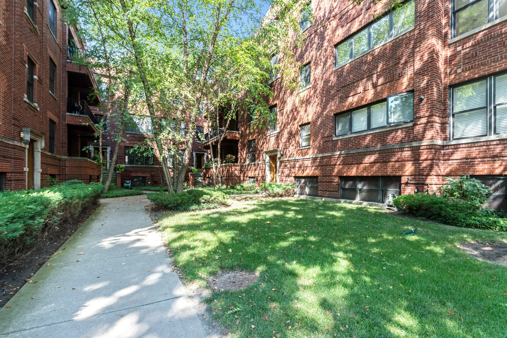 6620 N Ashland Avenue Unit 1, Chicago IL 60626
