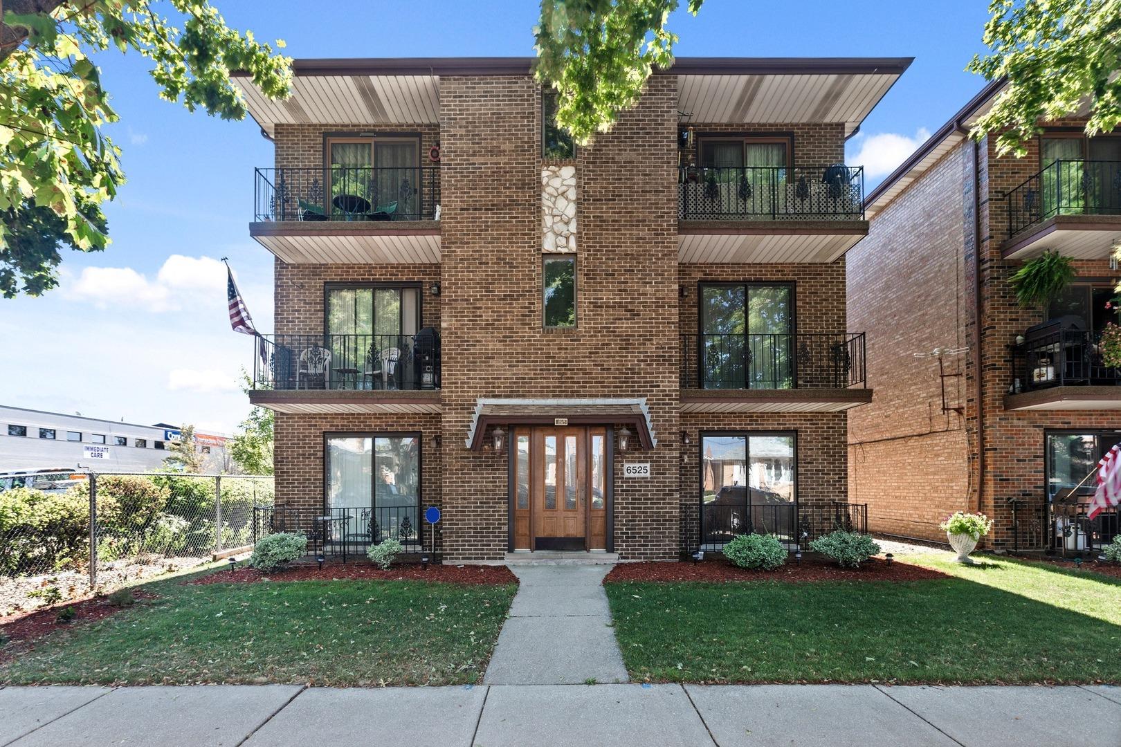 6525 W 64th Place Unit 1W, Chicago IL 60638