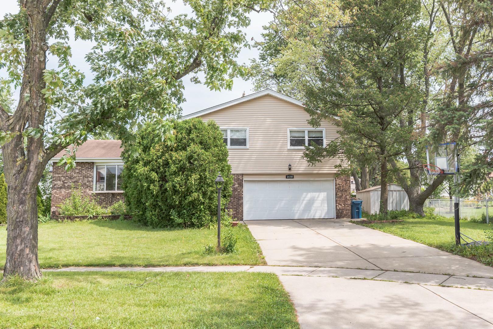 1420 W Jo Ann Lane, Addison IL 60101