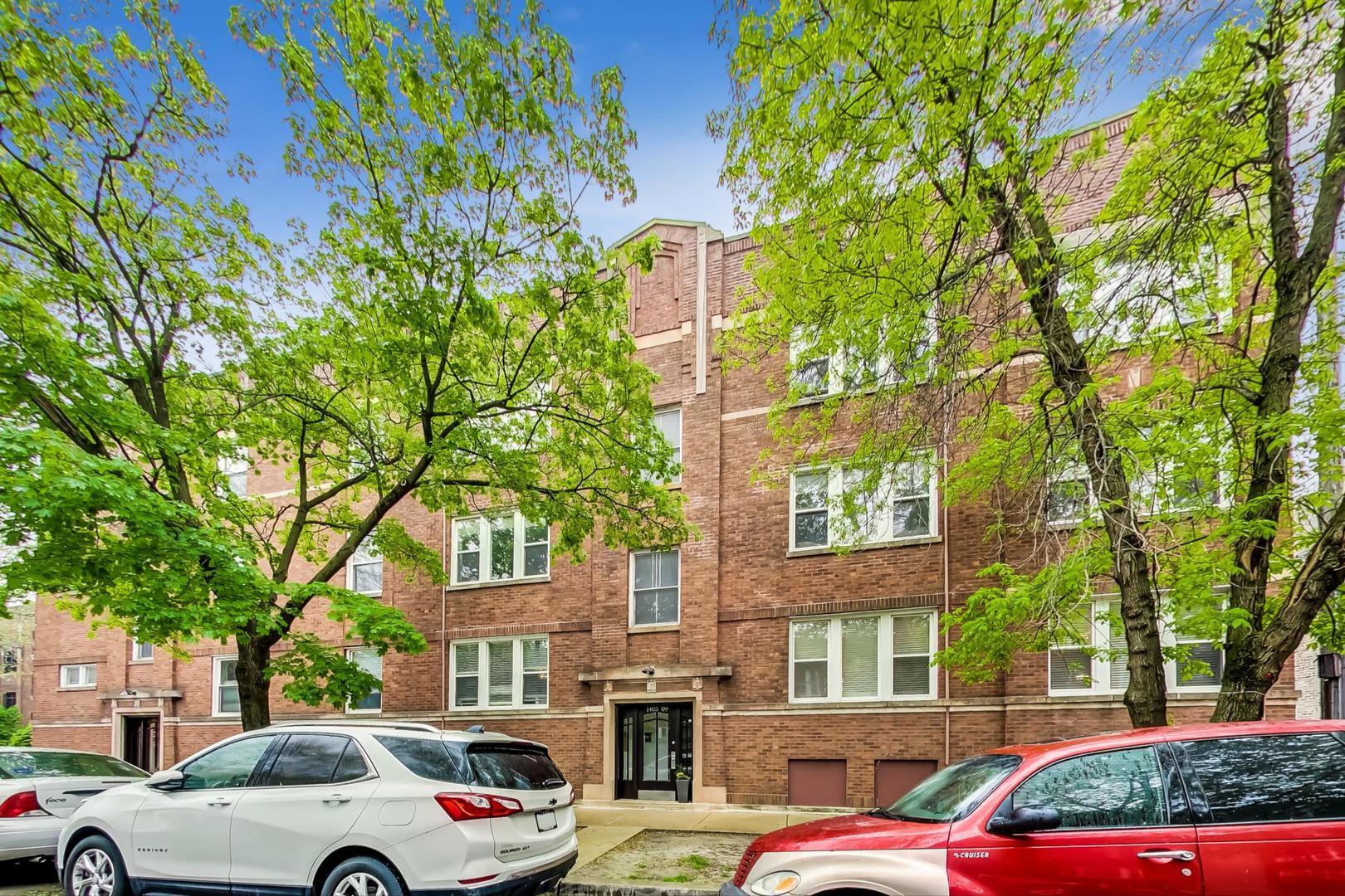1409 W Rosemont Avenue Unit 1W, Chicago IL 60660