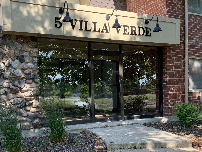 5 Villa Verde Drive Unit 111, Buffalo Grove IL 60089