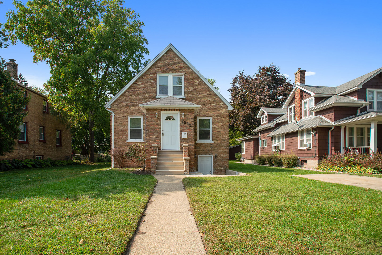 2532 Elizabeth Avenue, Zion IL 60099
