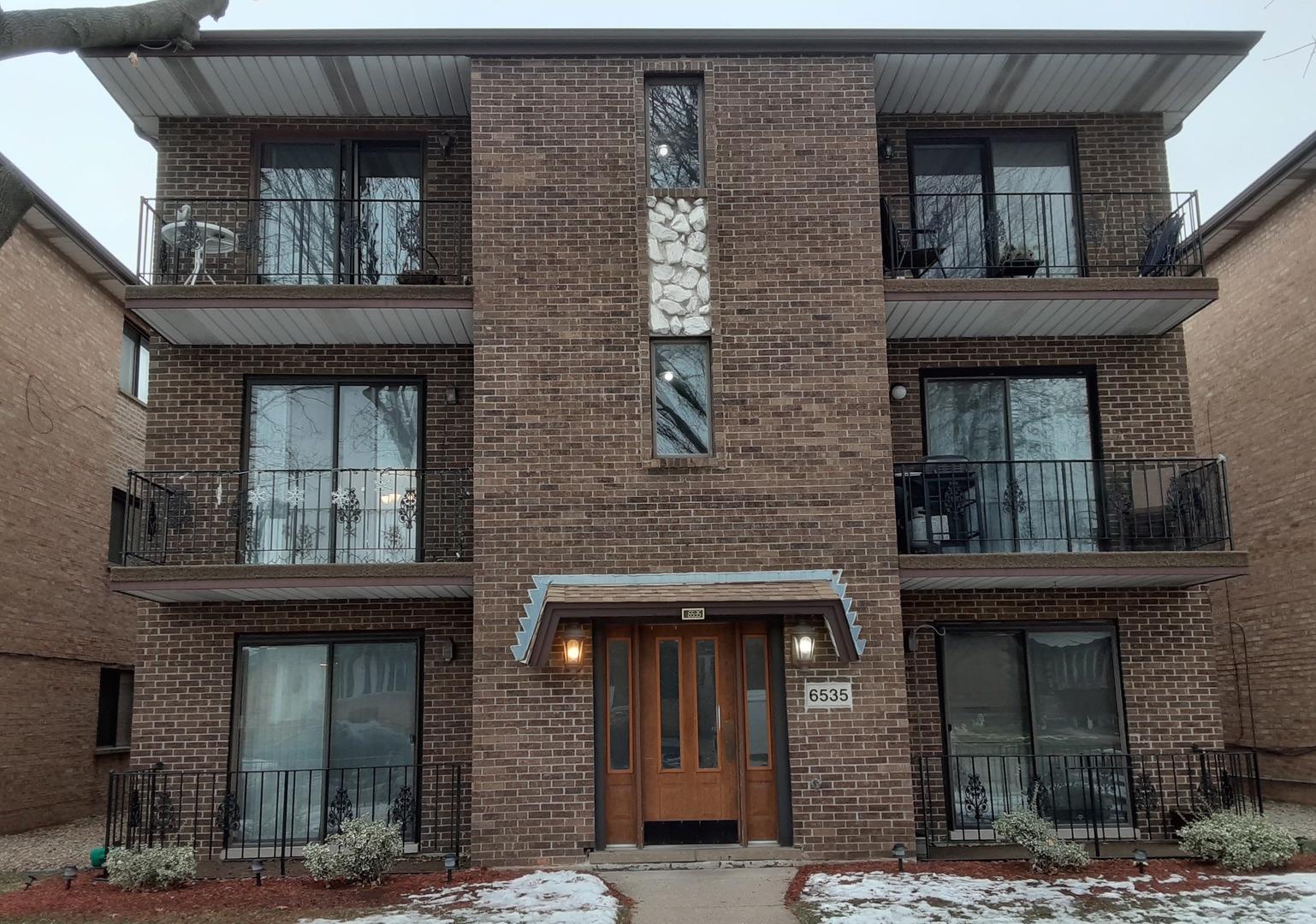 6535 W 64 Place S Unit 3W, Chicago IL 60638