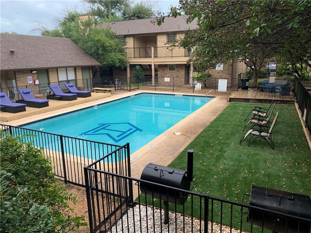 5608  Cougar Dr  #221, Austin TX 78745