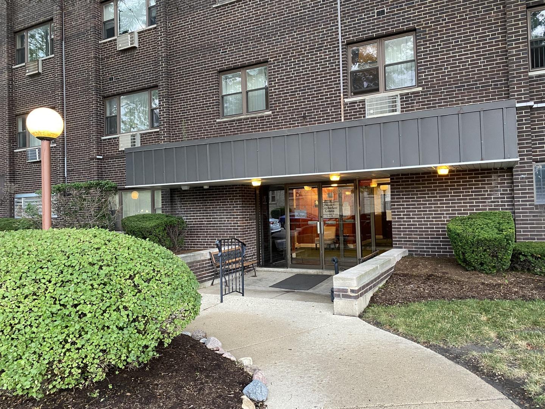 4600 N Cumberland Avenue Unit 402, Chicago IL 60656