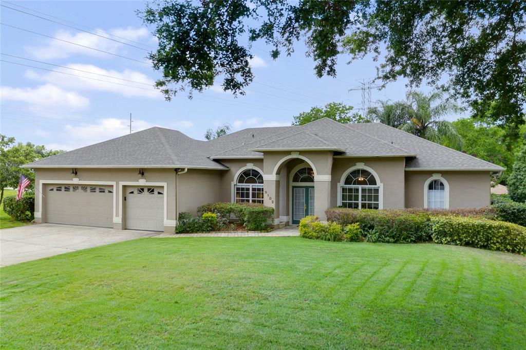 9102 N BAY BLVD, Orlando FL 32819