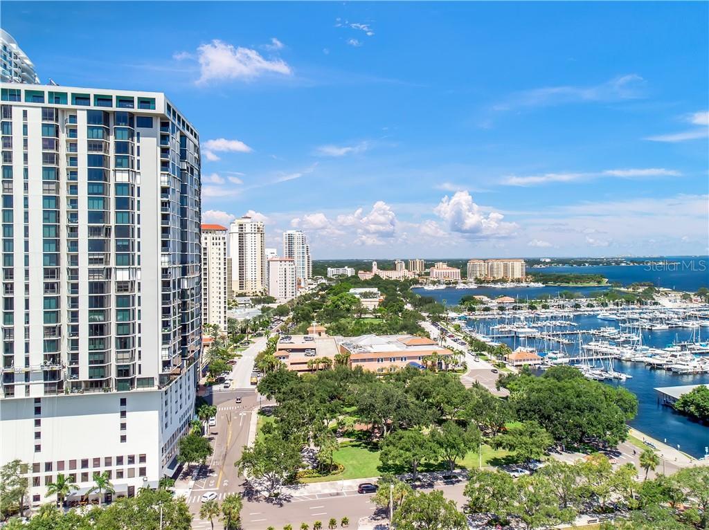 1 BEACH DR SE #2711, St Petersburg FL 33701