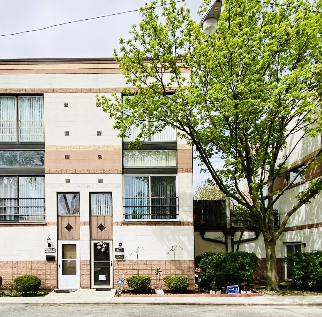3020 N Nashville Avenue Unit B, Chicago IL 60634