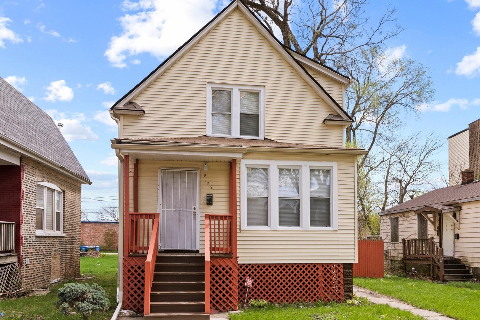 9125 S Harper Avenue, Chicago IL 60619