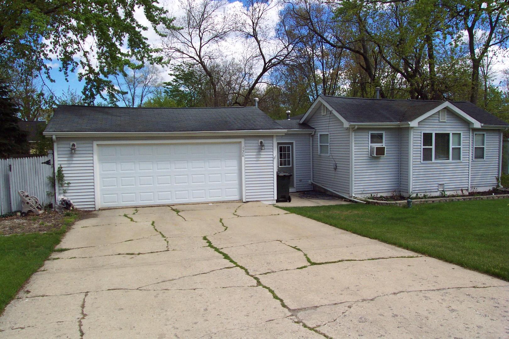 128 S Sheridan Road, Lakemoor IL 60051