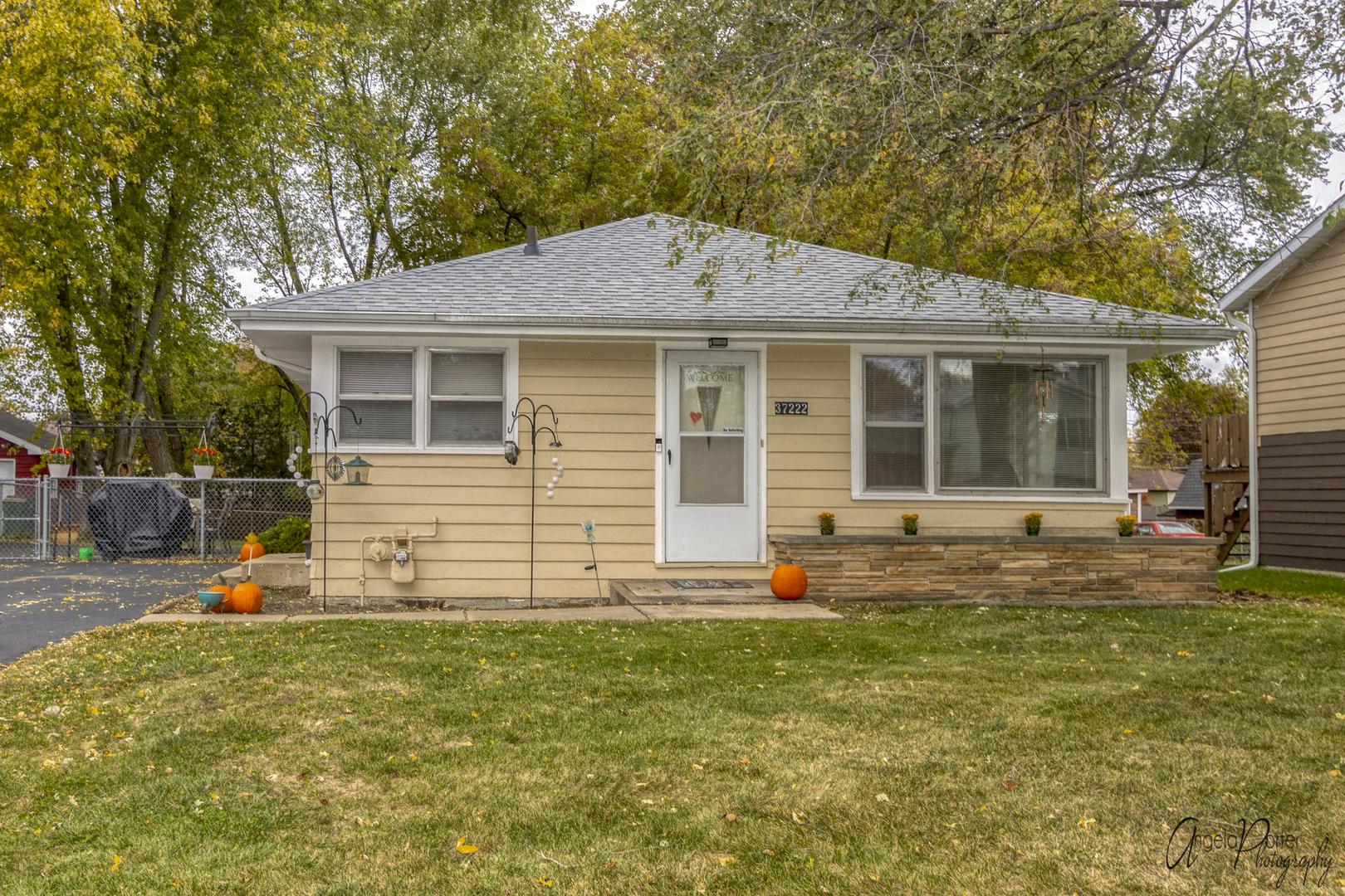 37222 N Hillside Drive, Lake Villa IL 60046