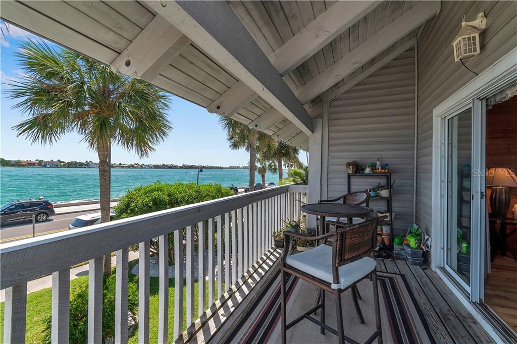 1010 PASS A GRILLE WAY #4, St Pete Beach FL 33706