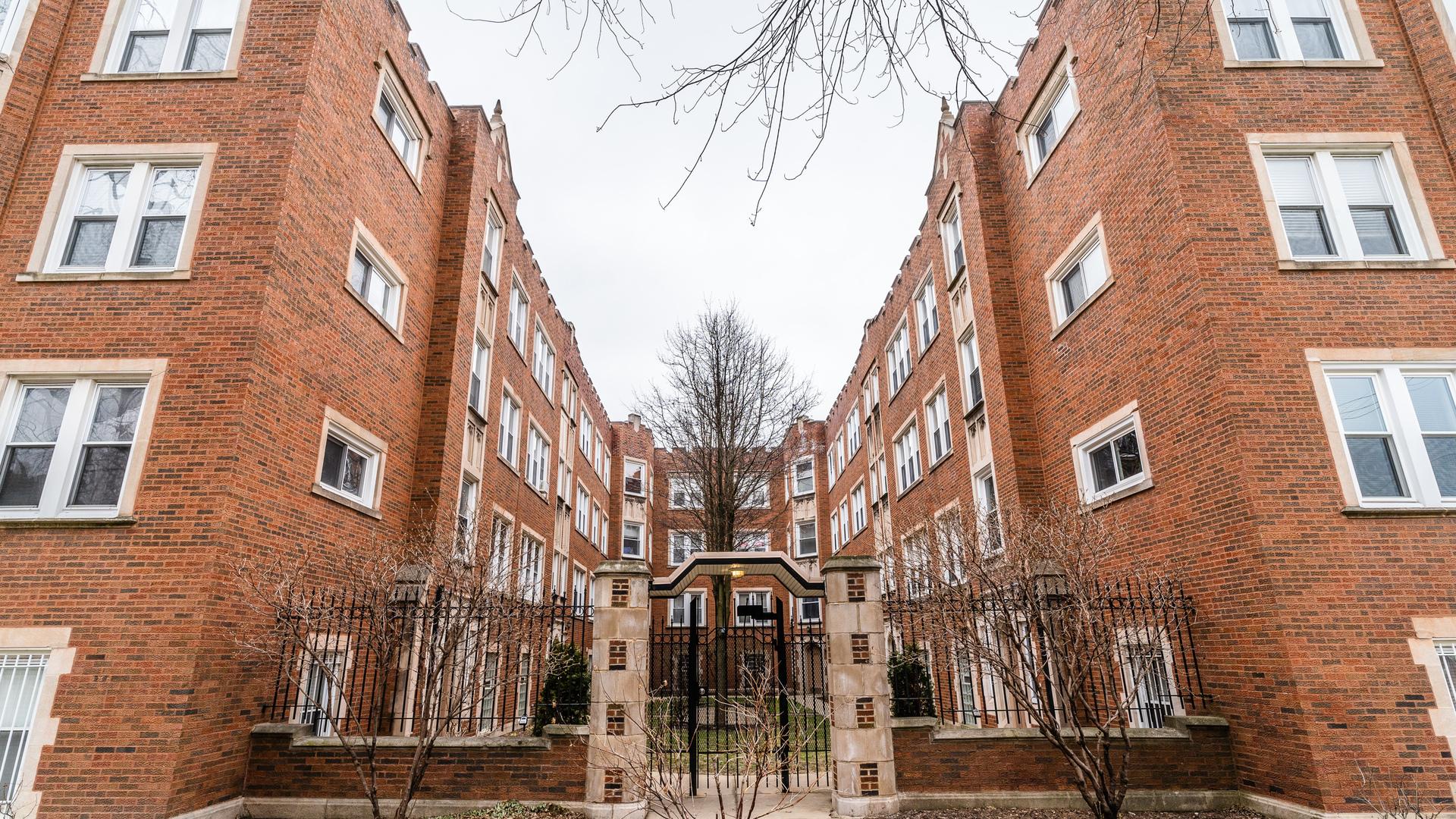 4427 N LAWNDALE Avenue Unit 1A, Chicago IL 60625