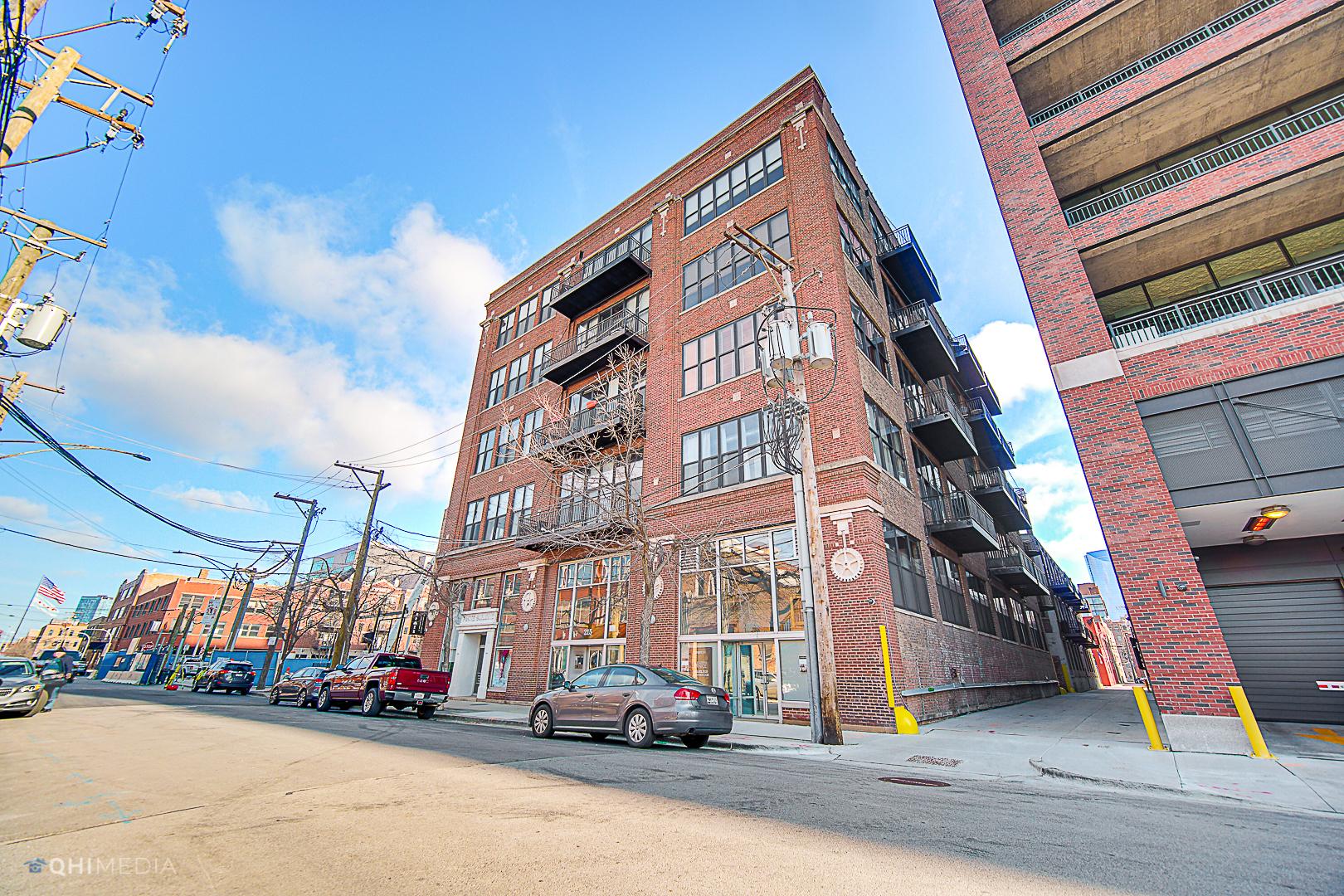 215 N Aberdeen Street Unit 208B, Chicago IL 60607