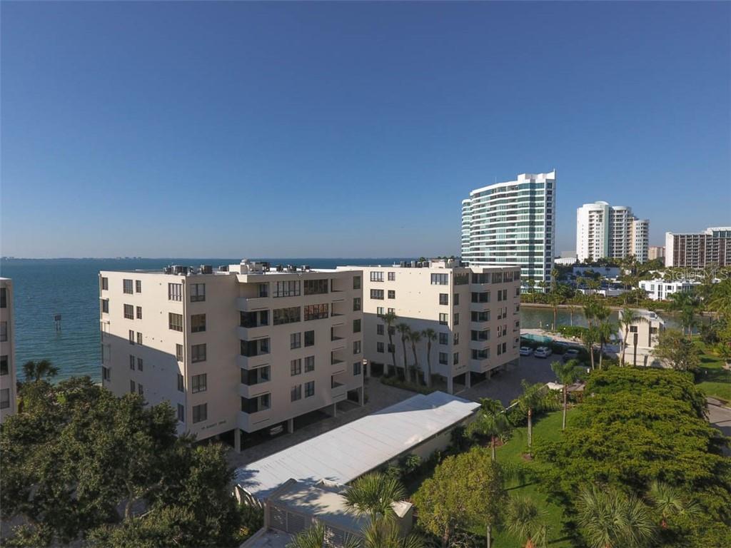 101 SUNSET DR #103, Sarasota FL 34236