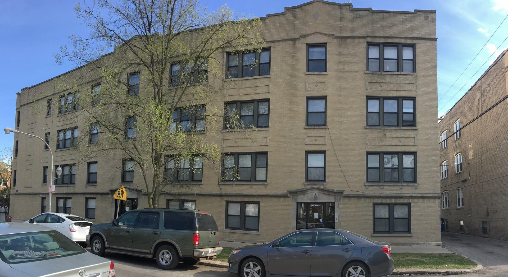 2245 W Rosemont Avenue Unit 2, Chicago IL 60659