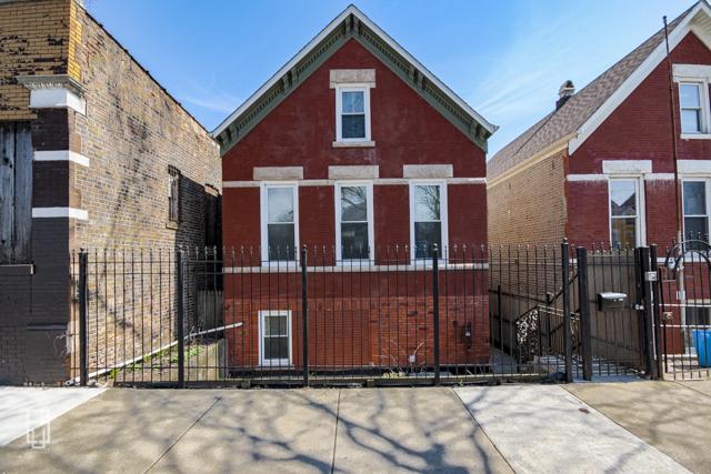 2107 S Fairfield Avenue, Chicago IL 60608