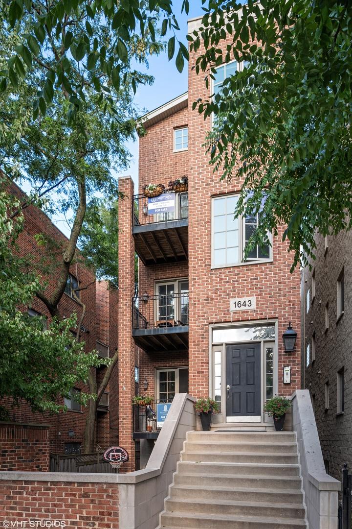 1643 N DAYTON Street Unit 3, Chicago IL 60614