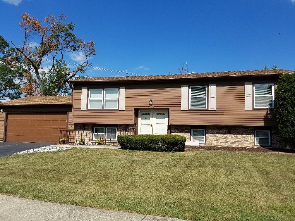7909 Westview Lane, Woodridge IL 60517